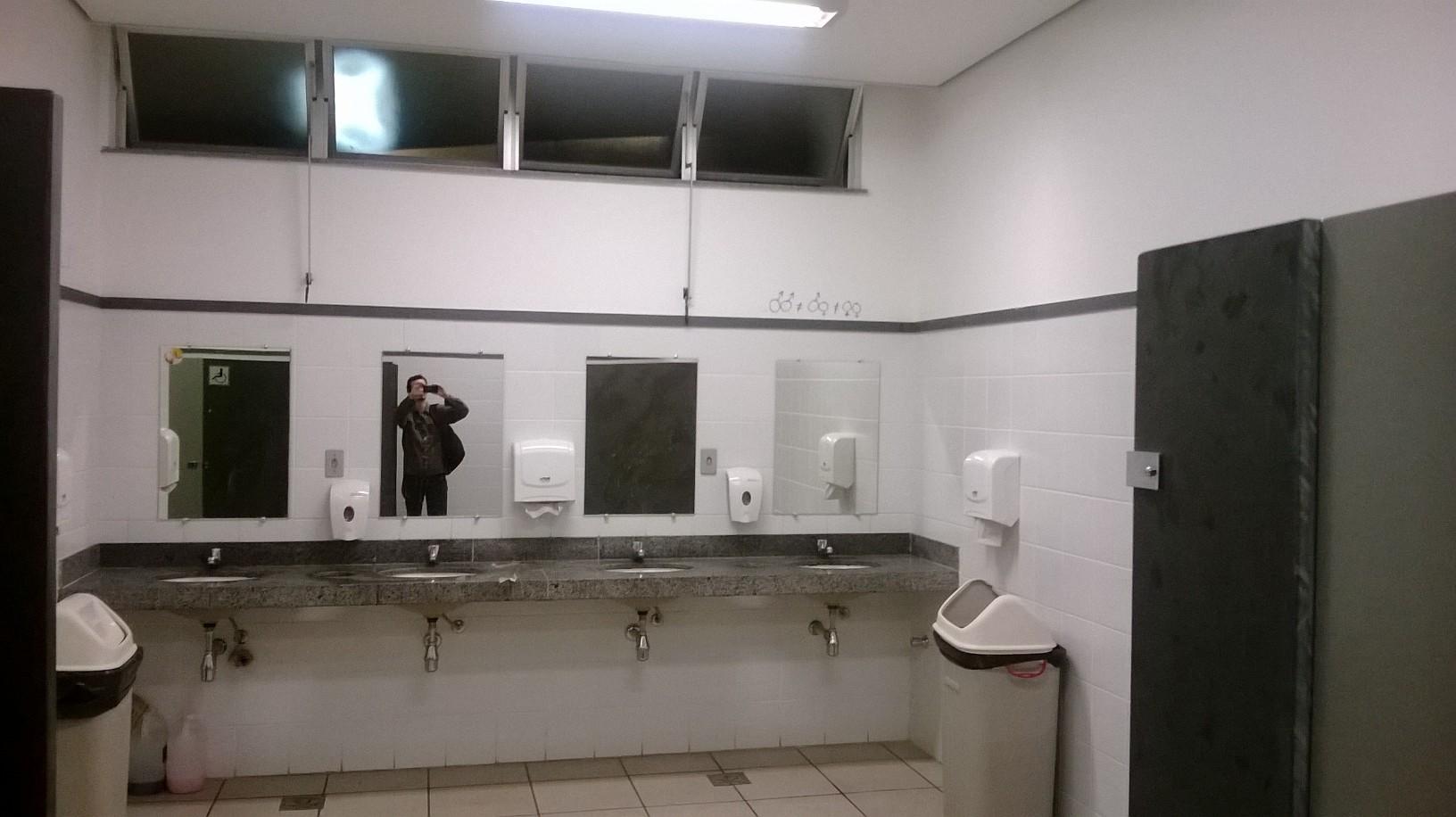 que alguém tenha muito tempo para fazer suas inscrições sem ser #4E6F7D 1632x916 Banheiro Antigo O Que Fazer