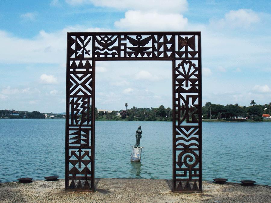 Monumento-a-Iemanjá-Pampulha-BH1